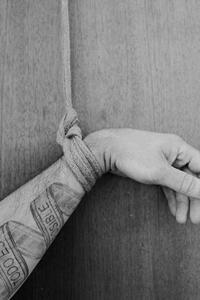 Shibari single column tie of wrist